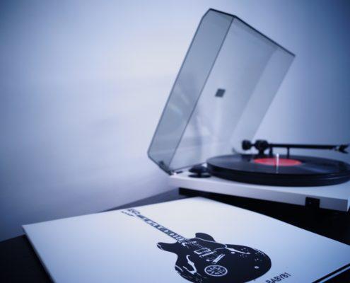 promuovere musica online singoli
